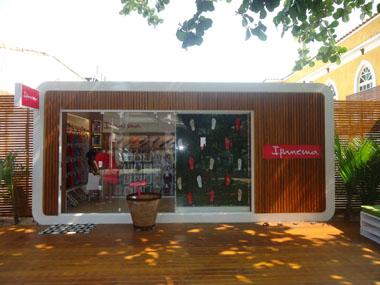 a0bd54512f Revista O Polvo - Grendene oferece loja exclusiva no Litoral Norte